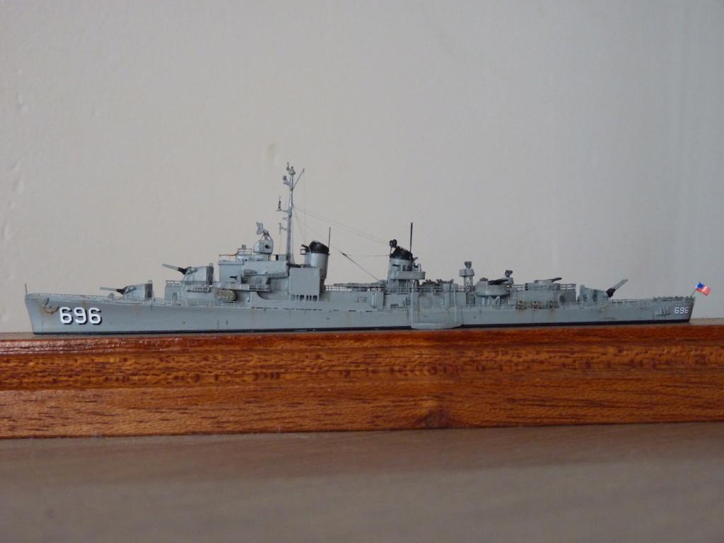 USS English - DD 696 1/700 SKYWAVE PITTROAD   P1110515