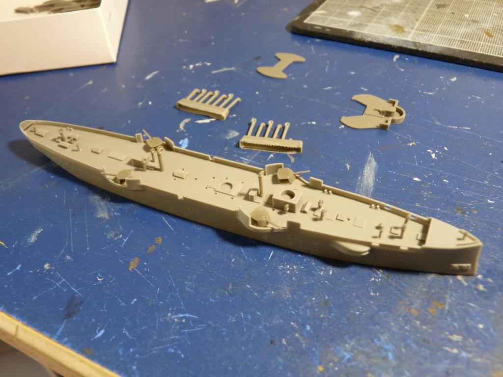 USS Chicago - croiseur protégé 1/700 COMBRIG P1110541