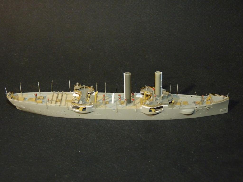 USS Chicago - croiseur protégé 1/700 COMBRIG - Page 2 P1110546