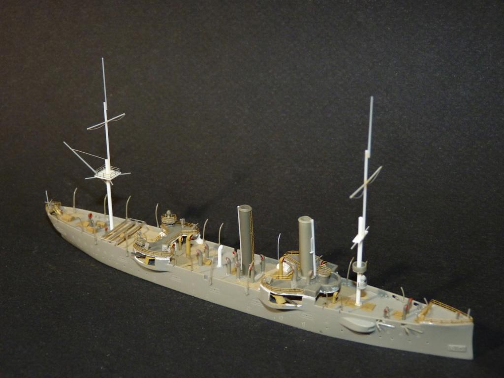 USS Chicago - croiseur protégé 1/700 COMBRIG - Page 2 P1110553