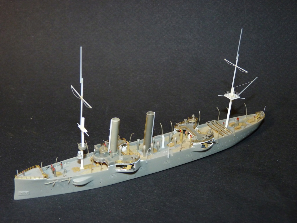 USS Chicago - croiseur protégé 1/700 COMBRIG - Page 2 P1110554