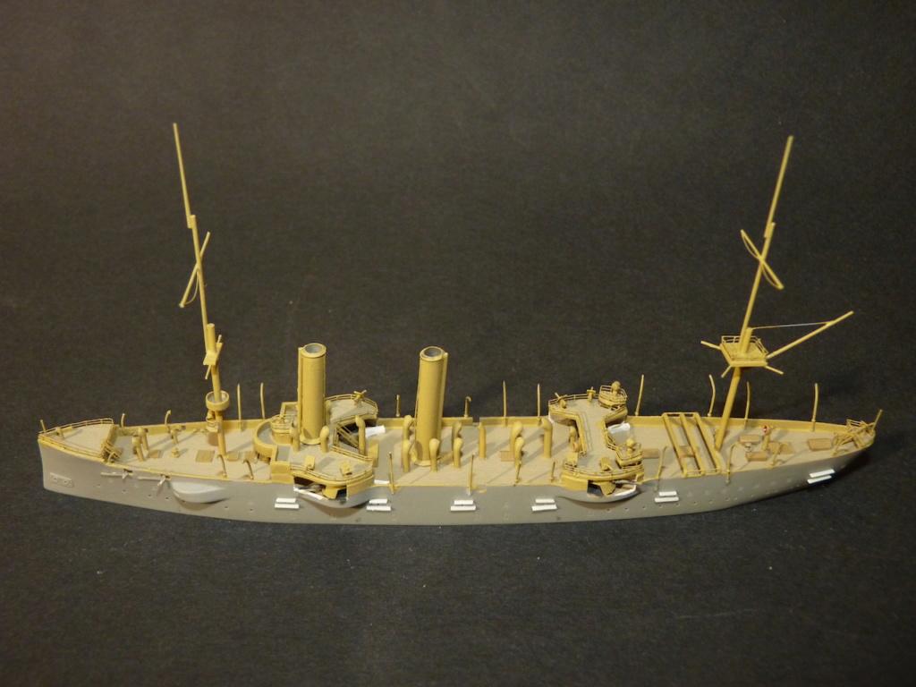 USS Chicago - croiseur protégé 1/700 COMBRIG - Page 3 P1110560
