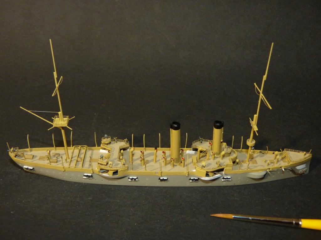 USS Chicago - croiseur protégé 1/700 COMBRIG - Page 3 P1110561