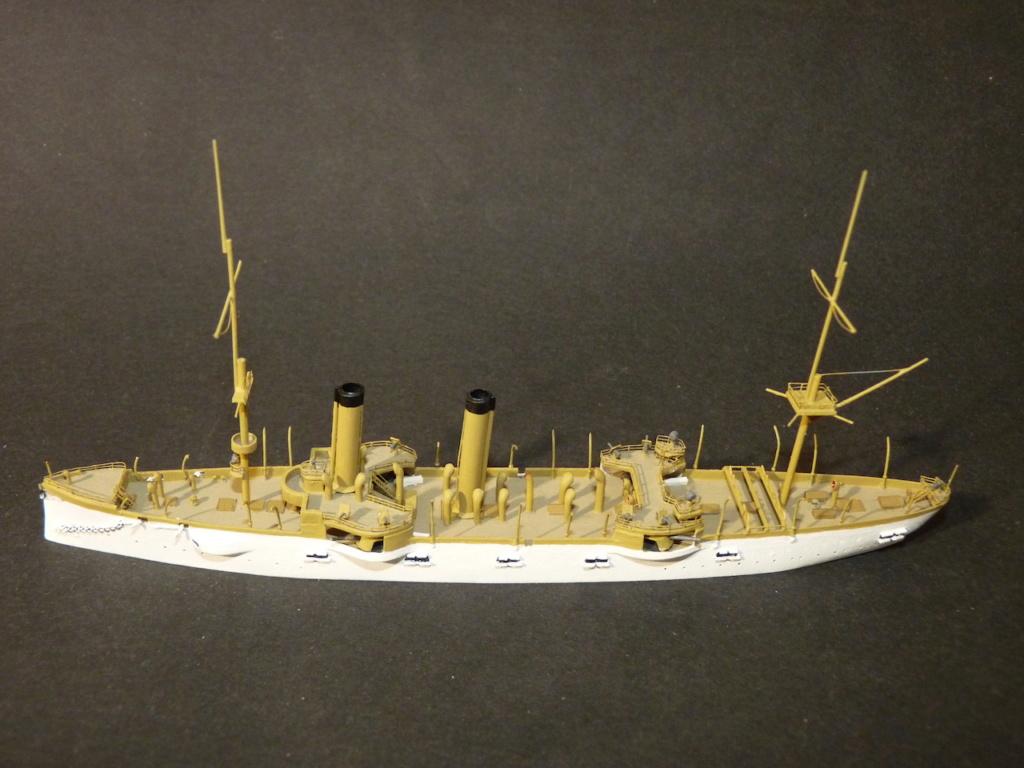 USS Chicago - croiseur protégé 1/700 COMBRIG - Page 3 P1110920