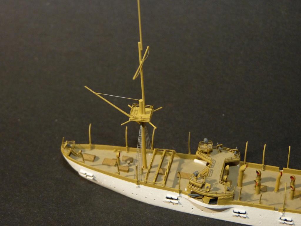 USS Chicago - croiseur protégé 1/700 COMBRIG - Page 4 P1110923