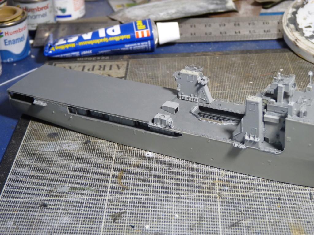 USS Tortuga - LSD 46 1/700 ORANGE HOBBY   P1110938