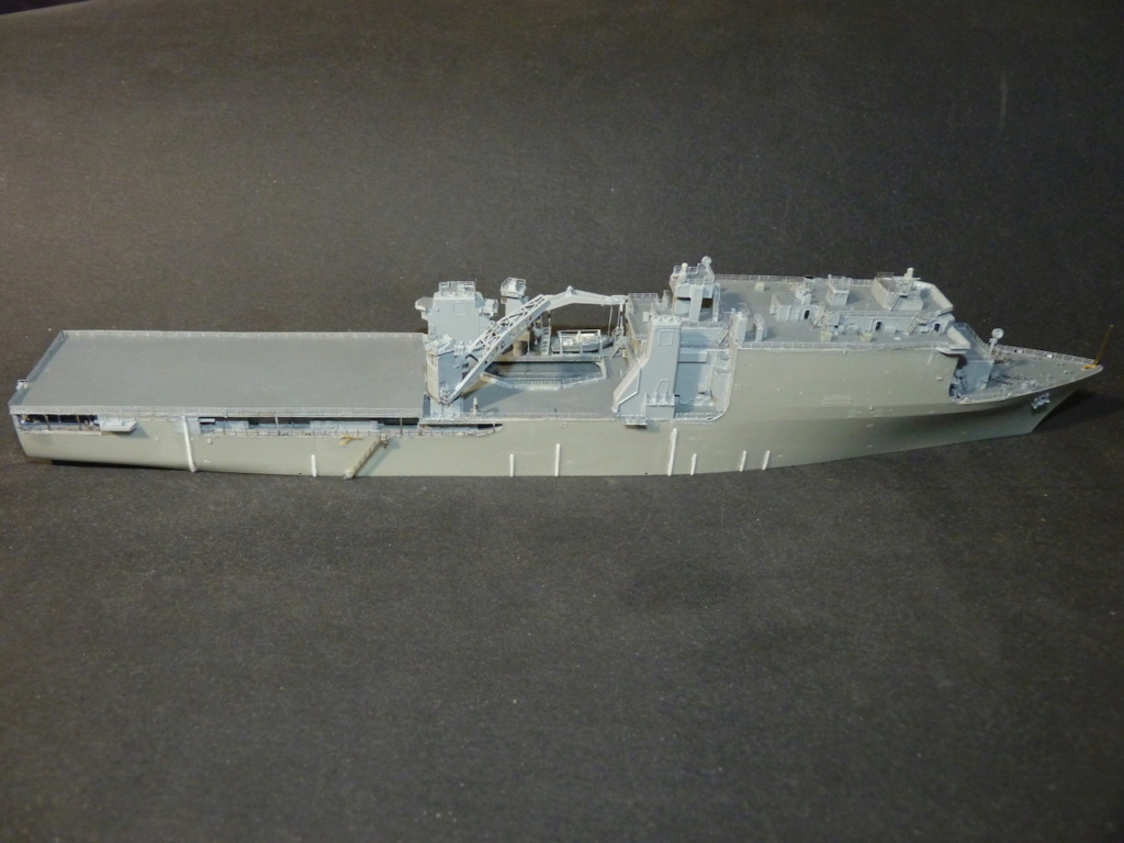 USS Tortuga - LSD 46 1/700 ORANGE HOBBY   - Page 2 P1110942