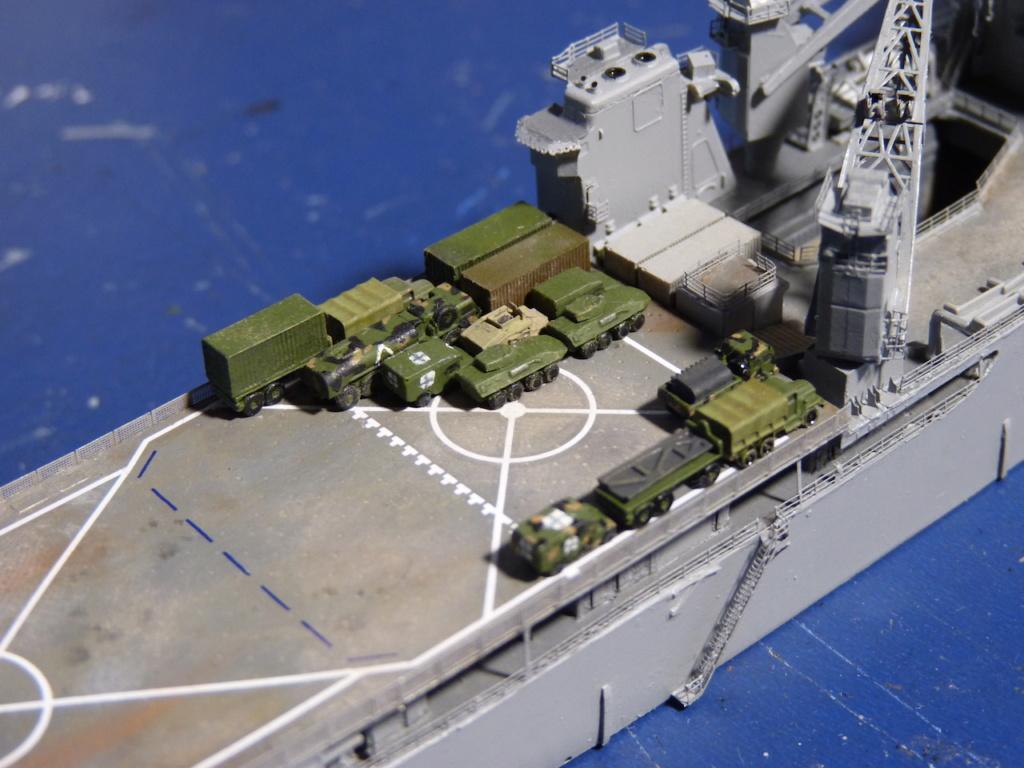 USS Tortuga - LSD 46 1/700 ORANGE HOBBY   - Page 2 P1110948