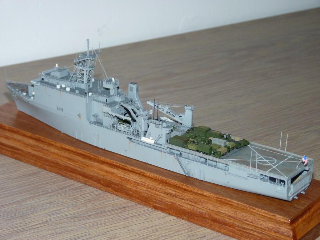 USS Tortuga - LSD 46 1/700 Orange Hobby   P1110951