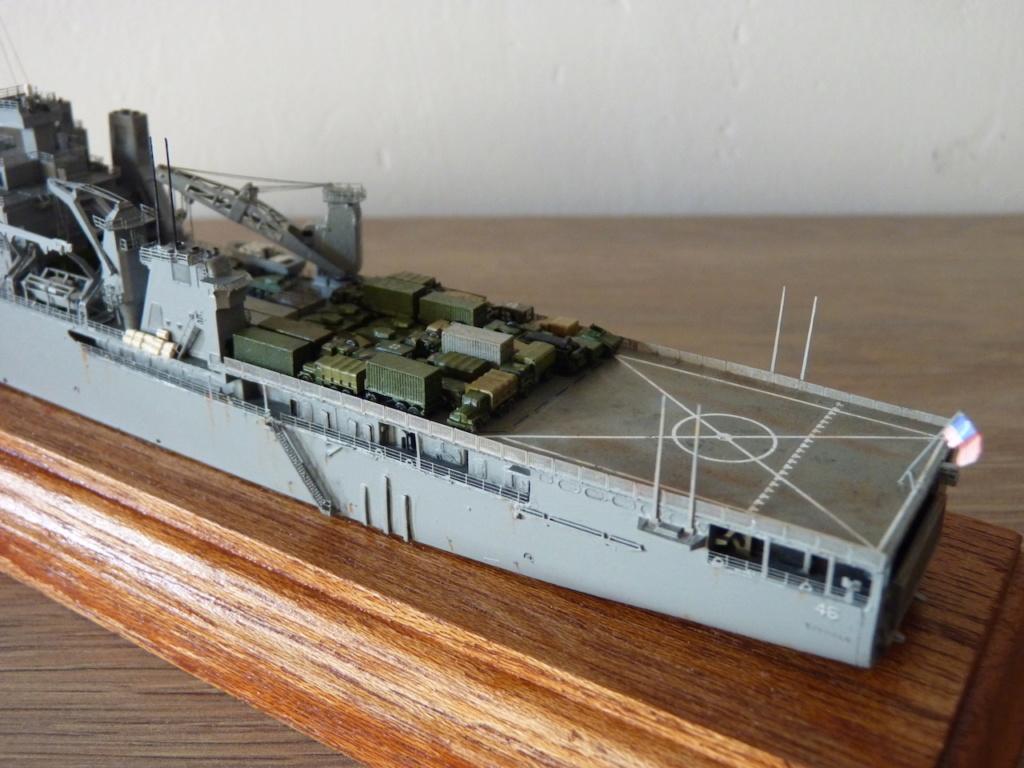 USS Tortuga - LSD 46 1/700 Orange Hobby   P1110955