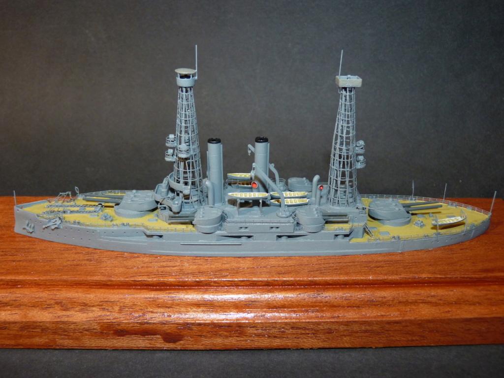 USS Idaho - BB 24 1/700 SAMEK   - Page 2 P1110984