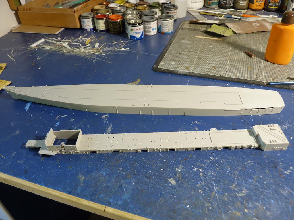 USS Seattle - AOE 3 1/700 TRUMPETER   P1120267