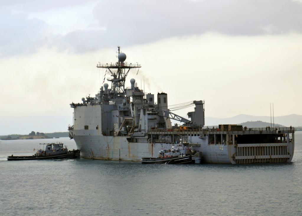 USS Tortuga - LSD 46 1/700 Orange Hobby   Peint_10