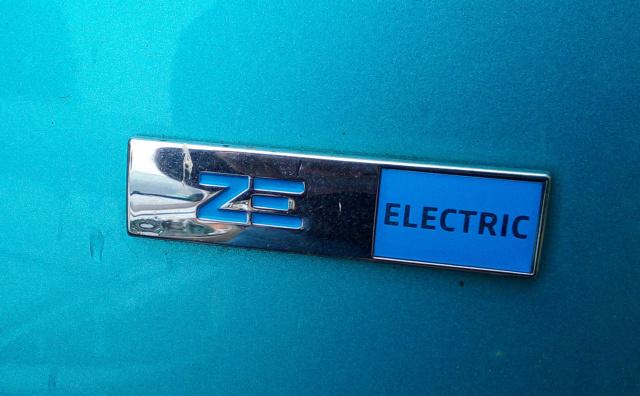 nouveau logo ZE Electric Ze_ele11