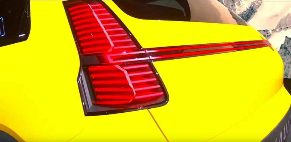 2021 - [Renault] 5 E-Tech Captur11