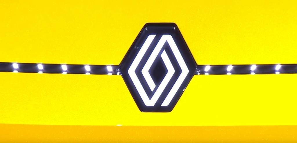 2021 - [Renault] 5 E-Tech Captur13