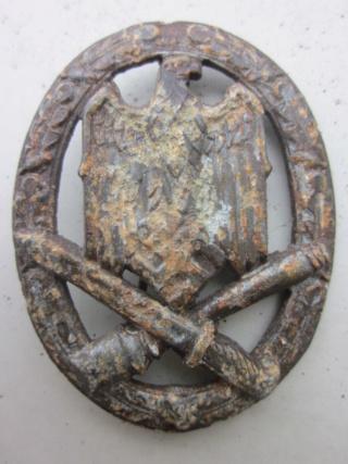 badge FLAK Heer et Assaut général  authentique ? Img_9813