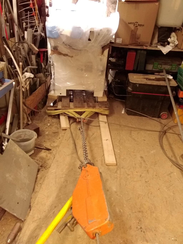Un petit atelier pour le travail du bois, votre avis. - Page 2 Img_2012