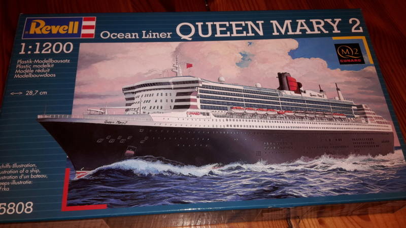 Queen Mary 2 in 1:1200 von Revell 20181217