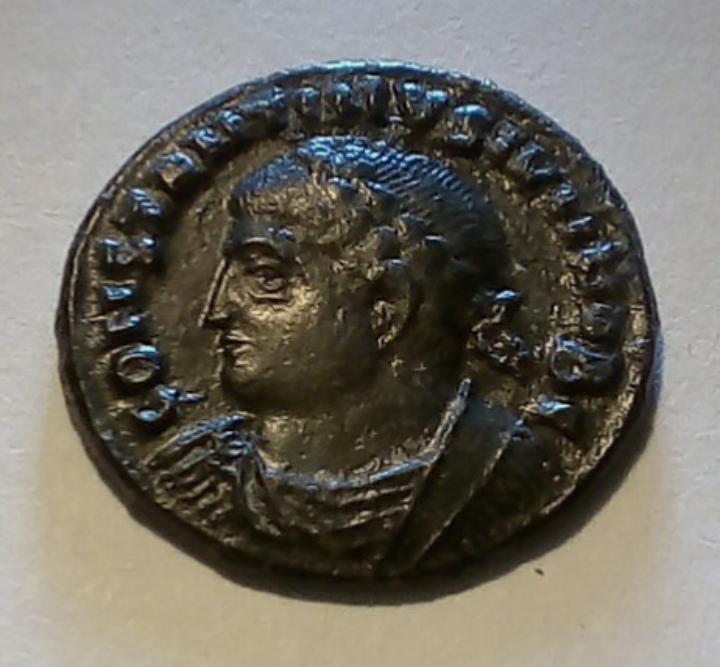 AE3 de Constantino II. PROVIDENTIAE CAESS. Tesalónica 20191019