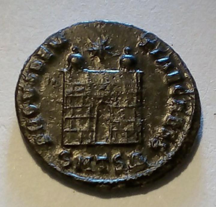 AE3 de Constantino II. PROVIDENTIAE CAESS. Tesalónica 20191020