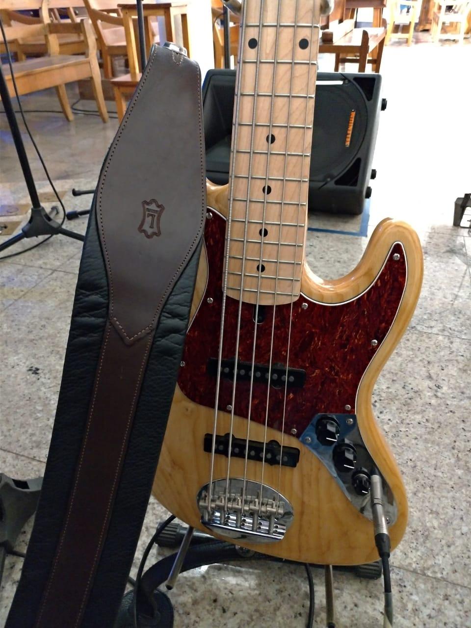 Fe2O3 Bass - Página 2 Whatsa11