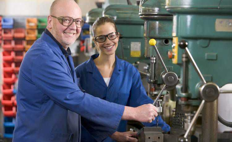 Triển vọng cực lớn cho du học nghề cơ khí sửa chữa ô tô tại Dức Profes23