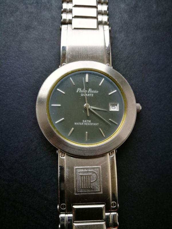 Ouvrir une montre Philip Persio Water resistant Montre10