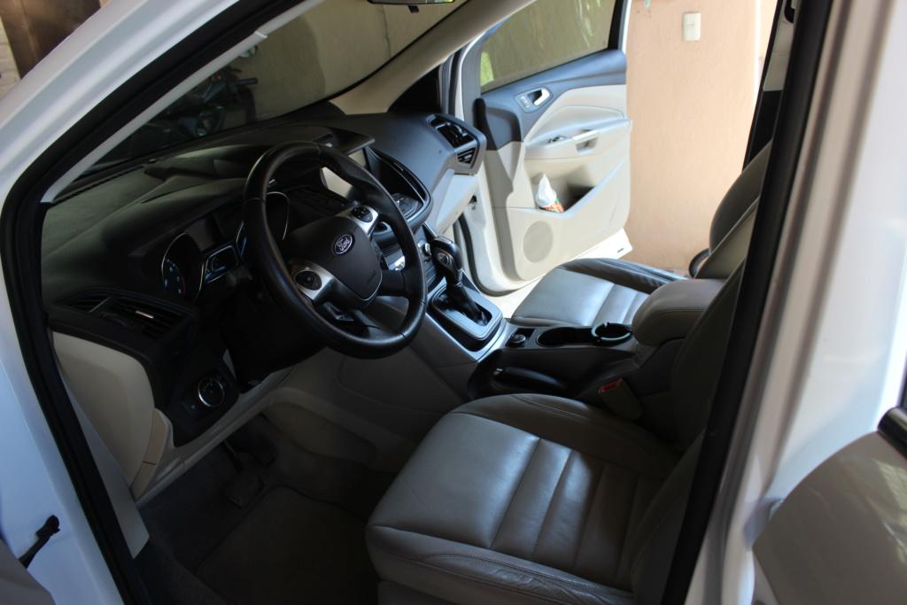 2013 Ford Escape SE Plus  Img_4413