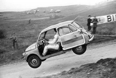 Les insolites du sport automobile. -0_ba110