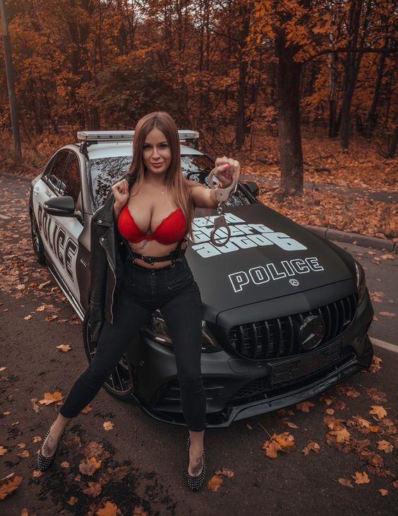 Les Jolies Femmes et l'Automobile XIV - Page 36 -7570610