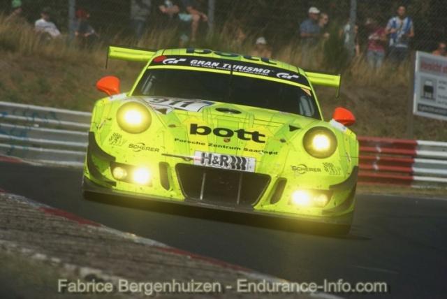 Les Porsche 911 de l'endurance - Page 2 -911_w11
