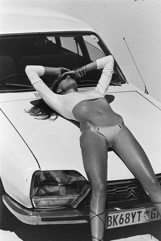 Les Jolies Femmes et l'Automobile XIV - Page 41 -c973910