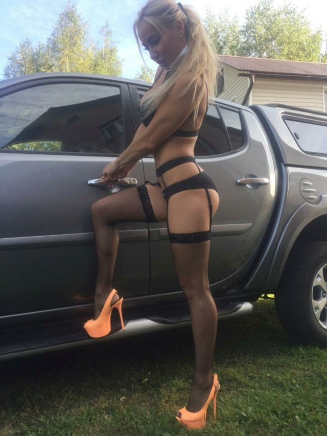 Les Jolies Femmes et l'Automobile XV -origi12