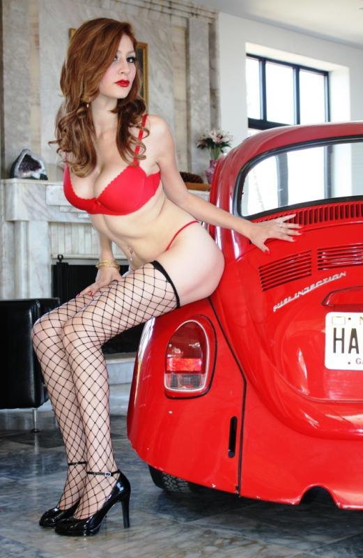 Les Jolies Femmes et l'Automobile XIV - Page 39 -troik11