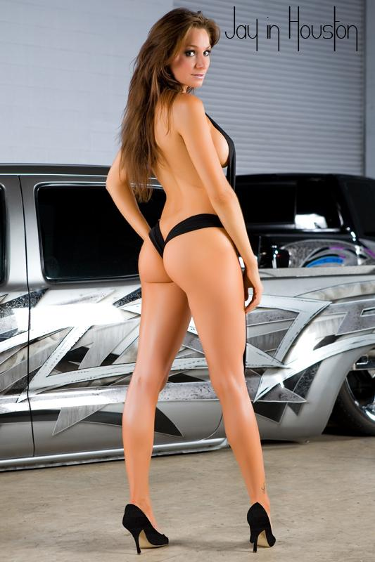 Les Jolies Femmes et l'Automobile XIV - Page 39 -tumb151