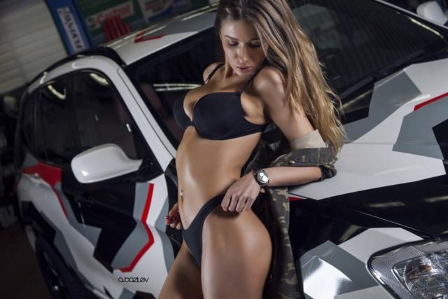 Les Jolies Femmes et l'Automobile XIV - Page 40 -tumb160