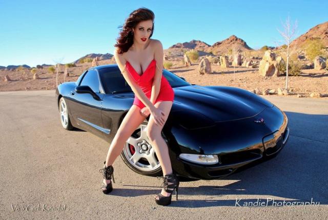 Les Jolies Femmes et l'Automobile XV -tumbl10