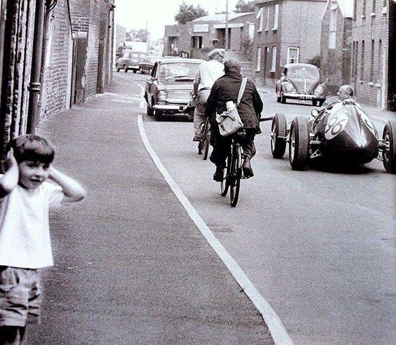 Les insolites du sport automobile. - Page 10 01702610