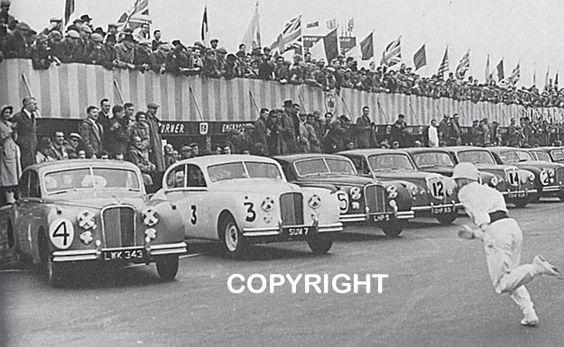 Les insolites du sport automobile. - Page 12 1954_i10
