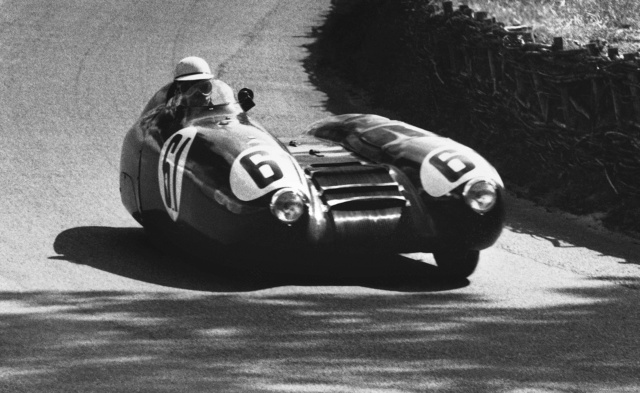 Les insolites du sport automobile. - Page 3 1955-n10