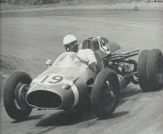 Les insolites du sport automobile. - Page 12 Beau_y10