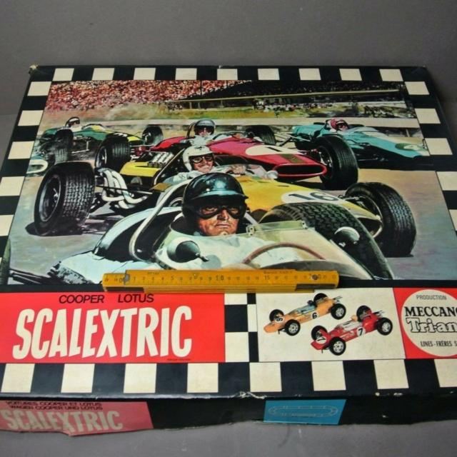 "Le ""Slot-Racing"" Circui10"