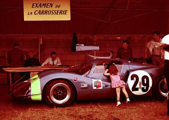Les insolites du sport automobile. - Page 17 D9315910