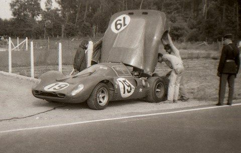 Les insolites du sport automobile. - Page 17 F8f14410