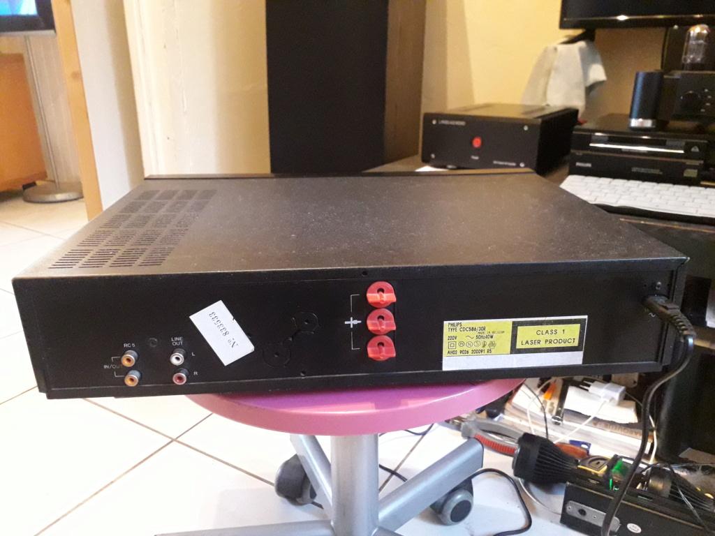 L'auto-radio a chargeur CD de salon: le PHILIPS CDC 586 6_arri10