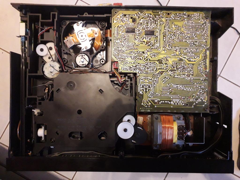 L'auto-radio a chargeur CD de salon: le PHILIPS CDC 586 9_vue_11
