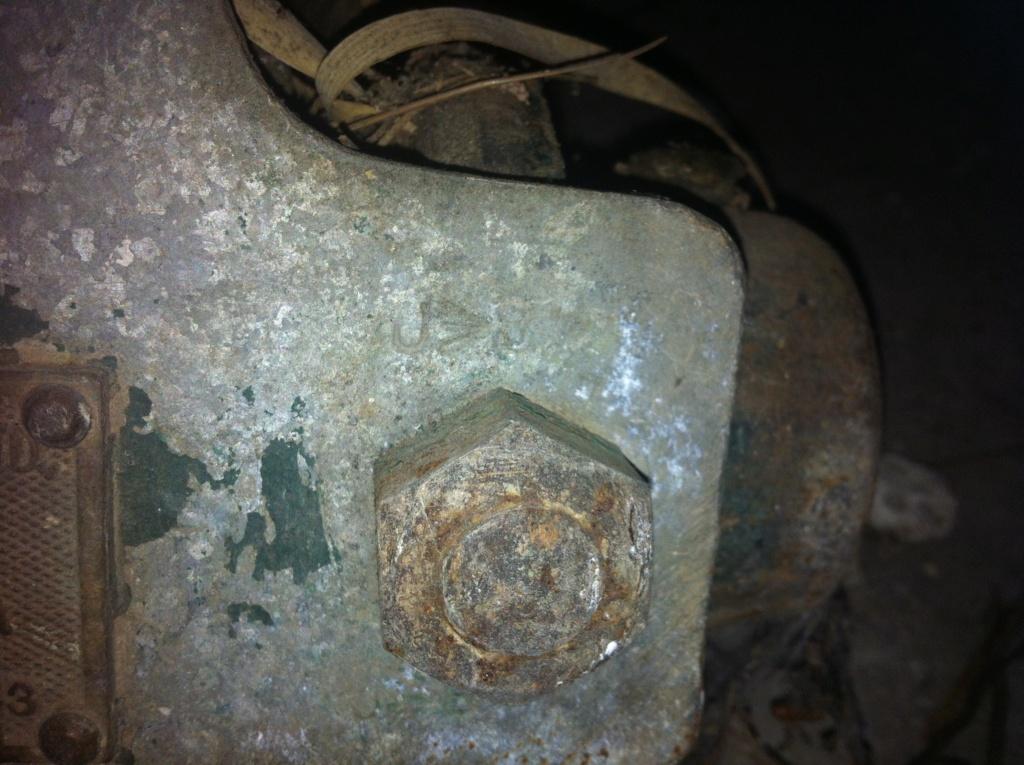 Matériel anglais WW2 (treuil ou palan) Img_0426