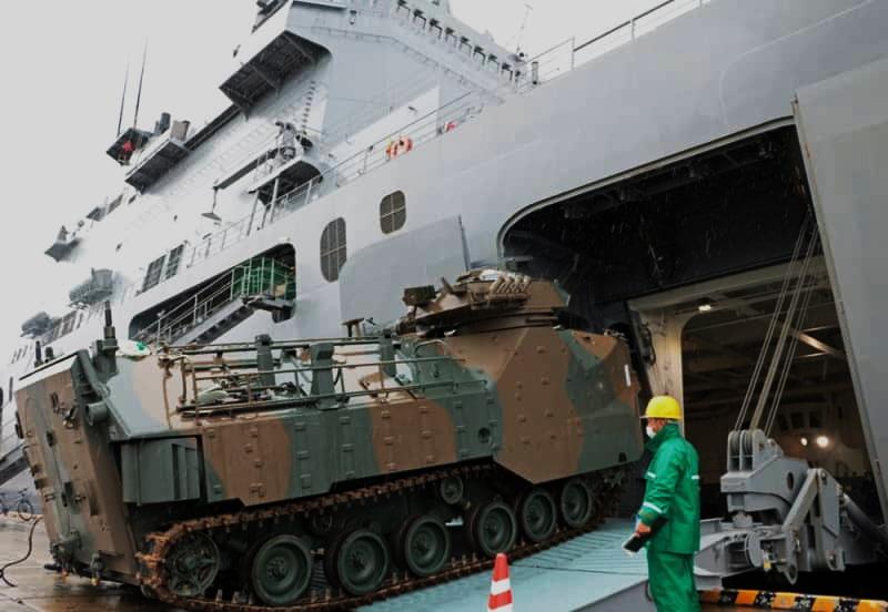 [interarmées] La force amphibie japonaise - Page 3 Kunisa10