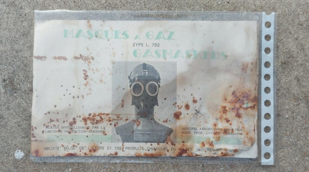 Boîtier masque anti gaz belge 20210733